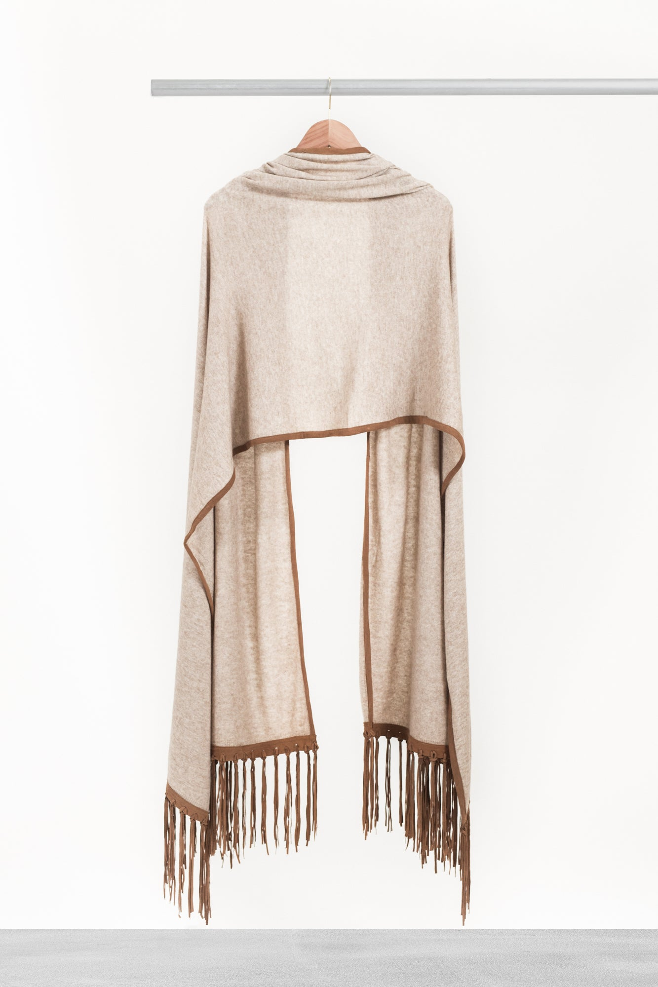 Oatmeal Shawl with Fringe