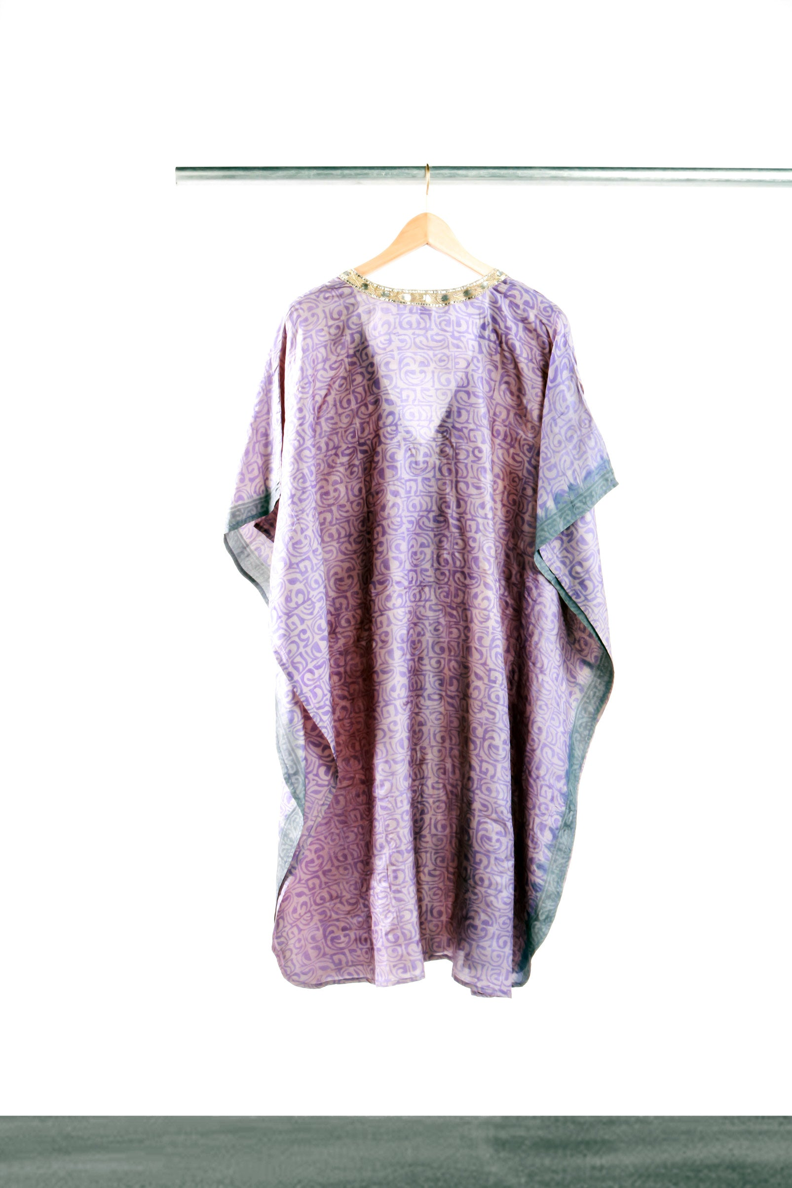 Sultry Silver Mid-length Kaftan