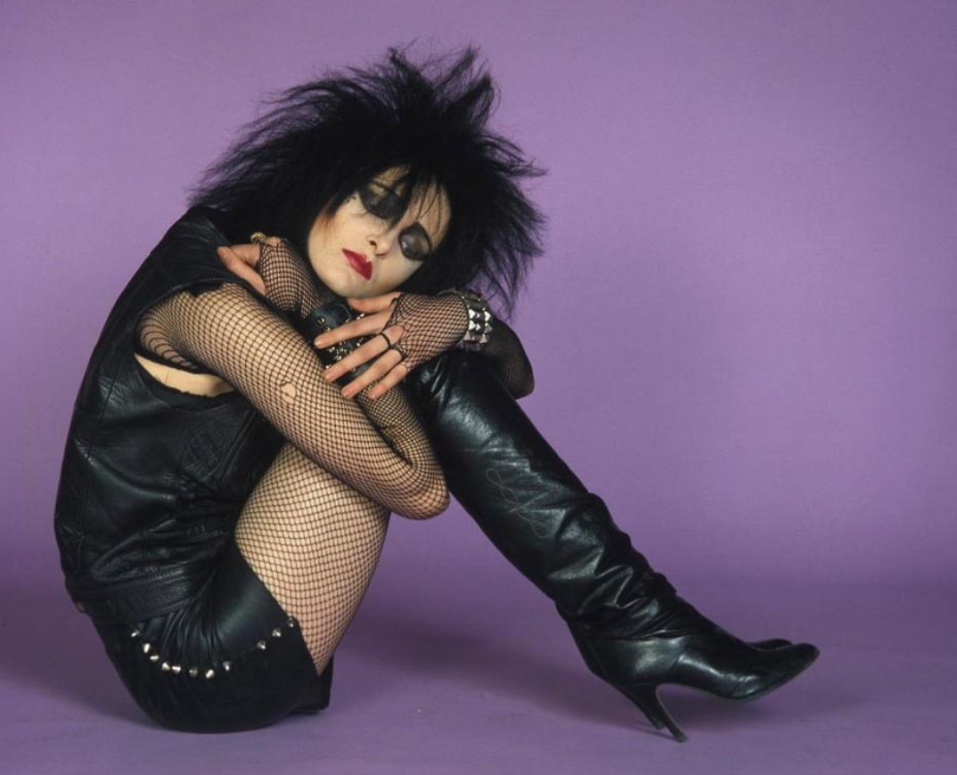 FEMALE GOTH FASHION ICONS