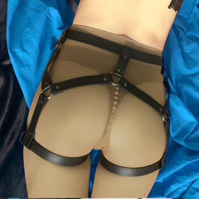 Faux Leather Bubble But Harness