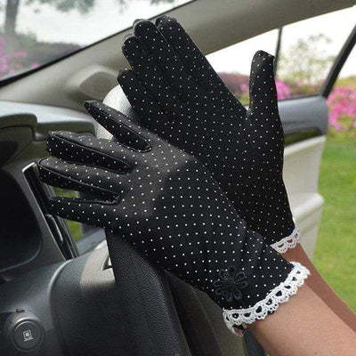 Get Spotted Gloves
