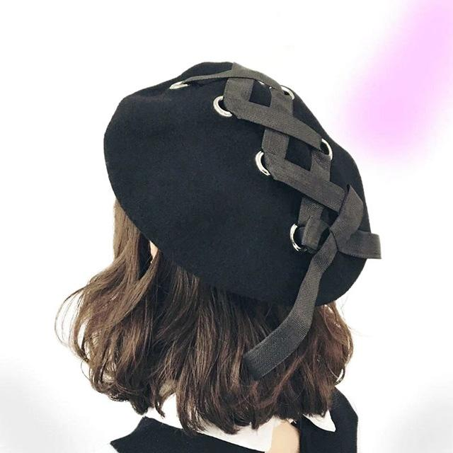 Cute Lace-up Wool Beret