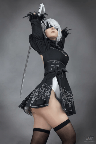 Nier Black Dress