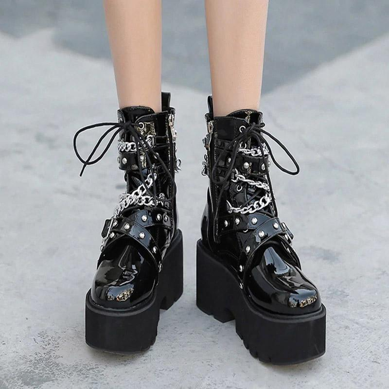 Tormented Gothic Chain Boots