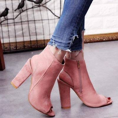 Beautiful Liar Scrunch Heels