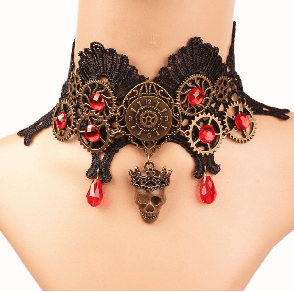 Skull Queen Necklace