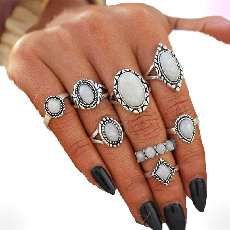 Stoned Light Rings