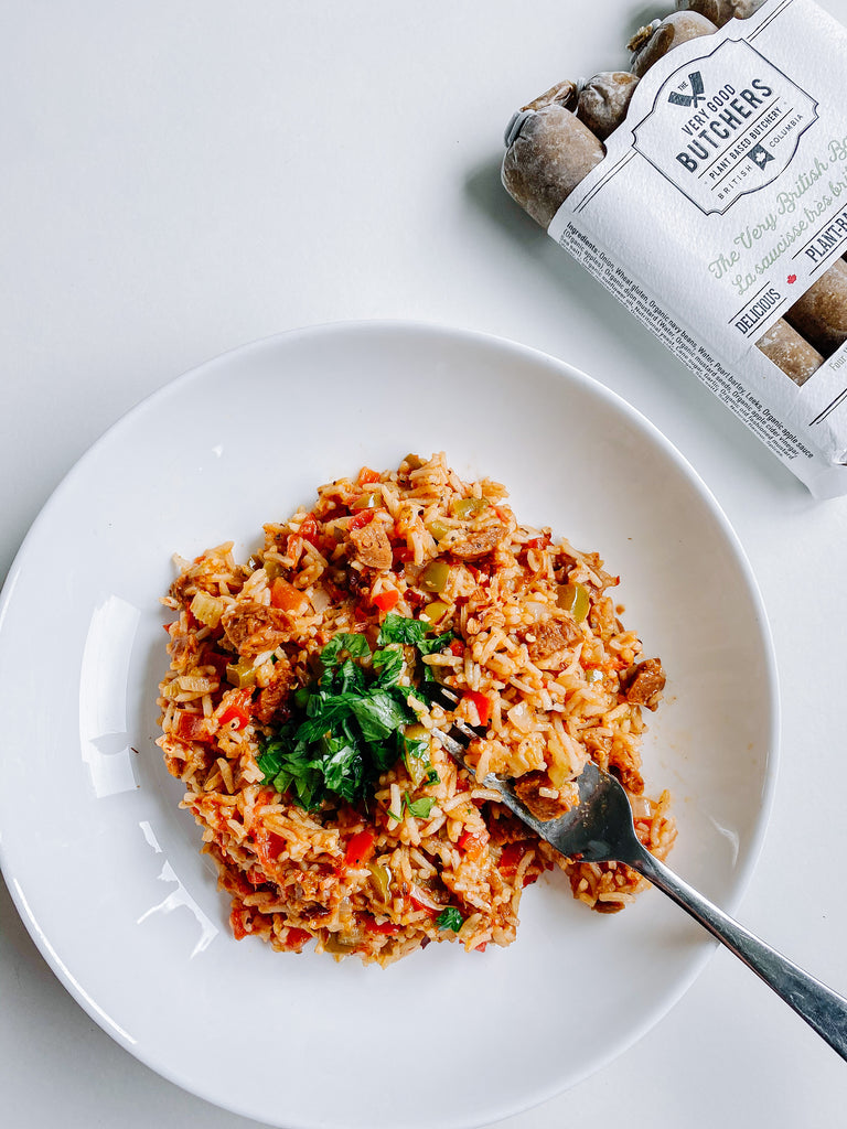 Plant-Based Jambalaya with Very Good Smokin' Bangers