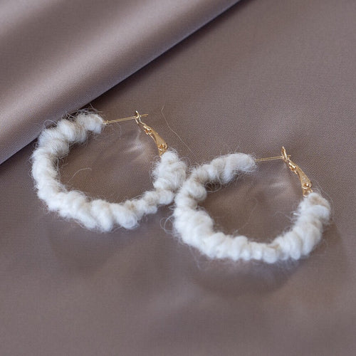 Sweater Hoops | S