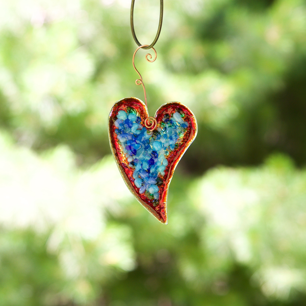 Small Fused glass Heart by Heidi Riha - © Blue Pomegranate Gallery