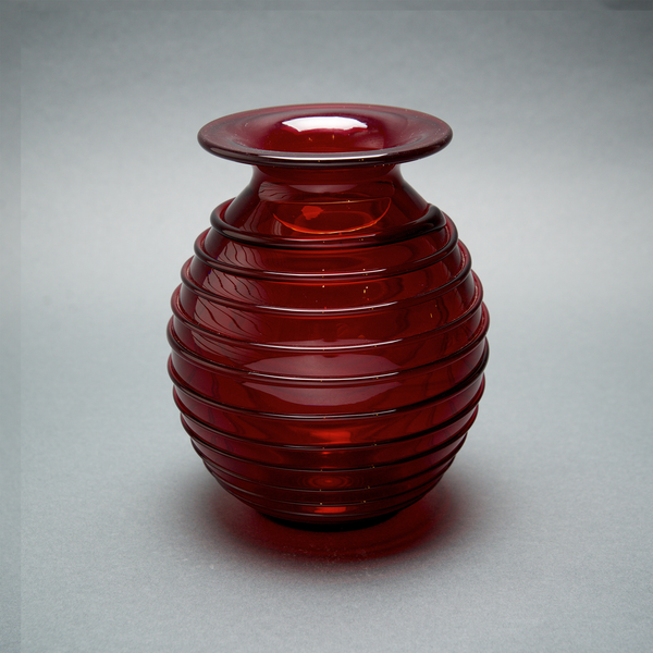 Ruby Spiral Vase by Bruce Cobb - © Blue Pomegranate Gallery