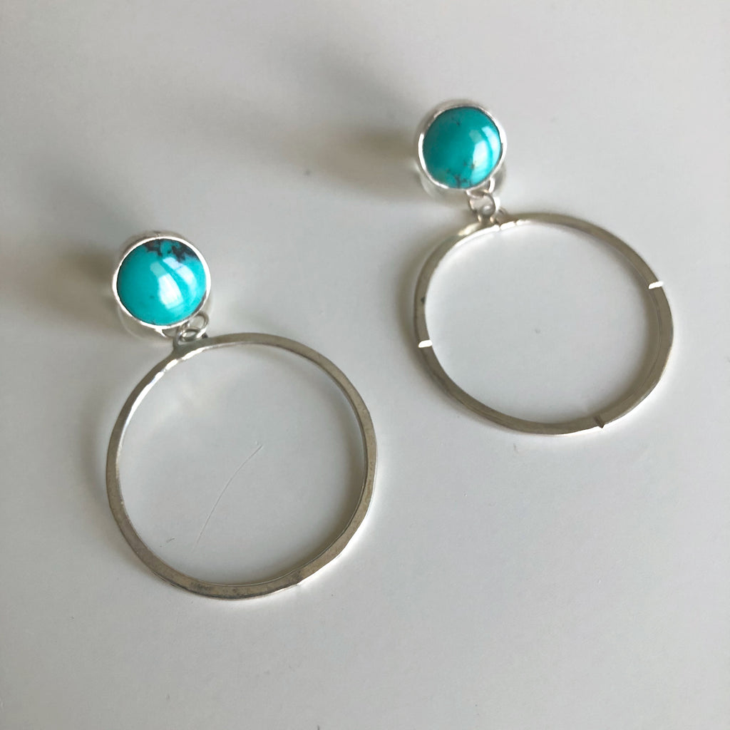 Turquoise stud circle earrings by Cassie Leaders - © Blue Pomegranate Gallery