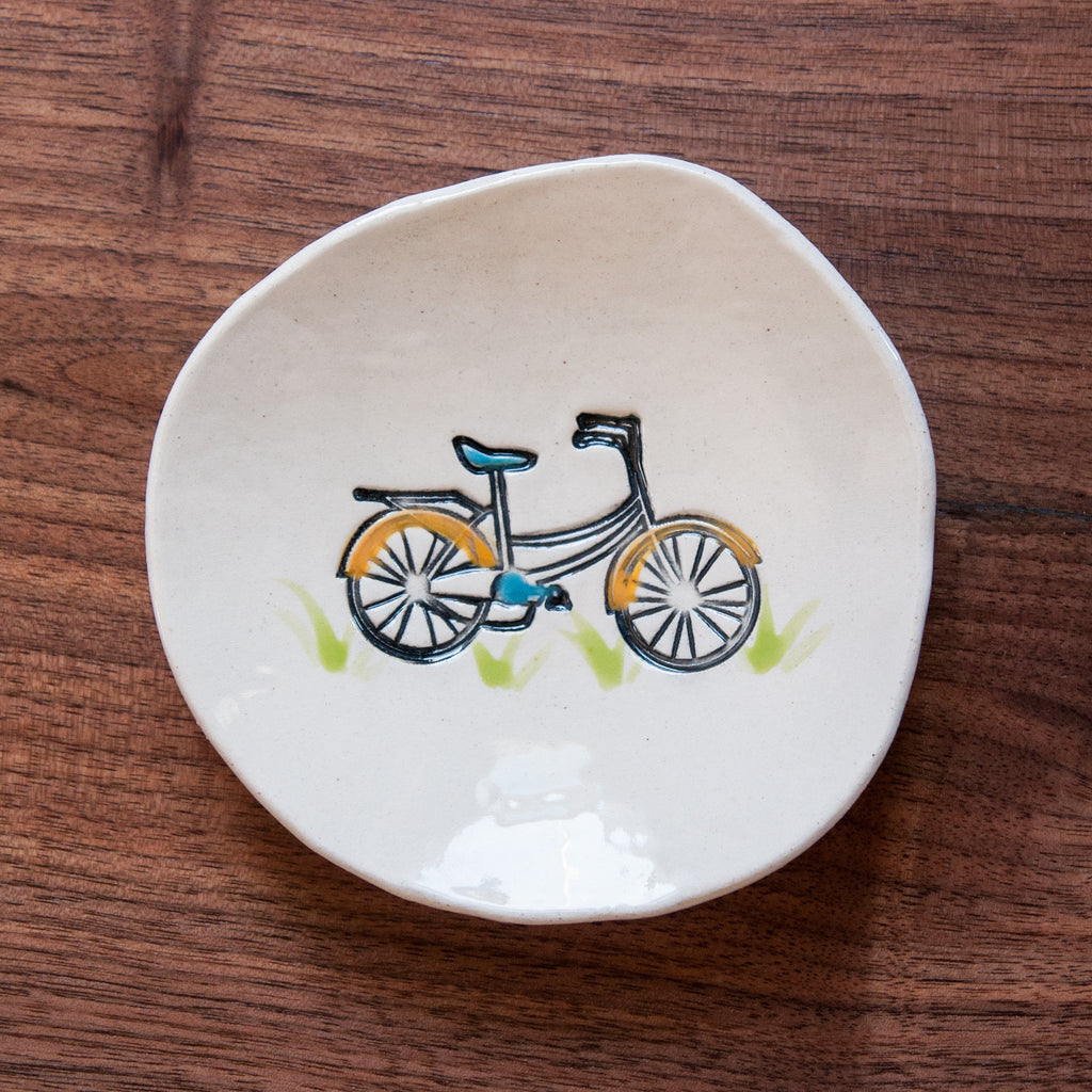 Bike Dishette by Cheryl Stevens - © Blue Pomegranate Gallery
