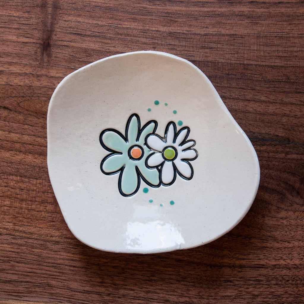 Double Dot Flower Dishette by Cheryl Stevens - © Blue Pomegranate Gallery