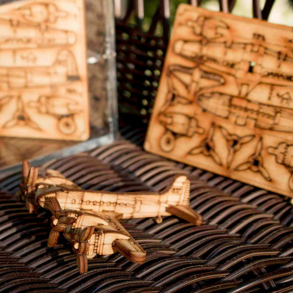 Stratoliner Wood puzzle by Marcus Wiliams - © Blue Pomegranate Gallery