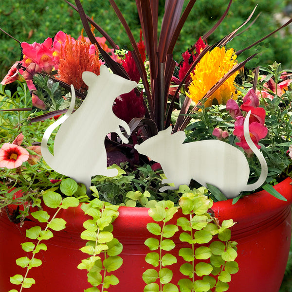 Garden Mouse Poke by Sondra Gerber - © Blue Pomegranate Gallery