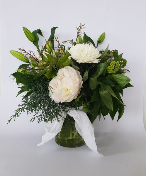 Festive Arrangment - White