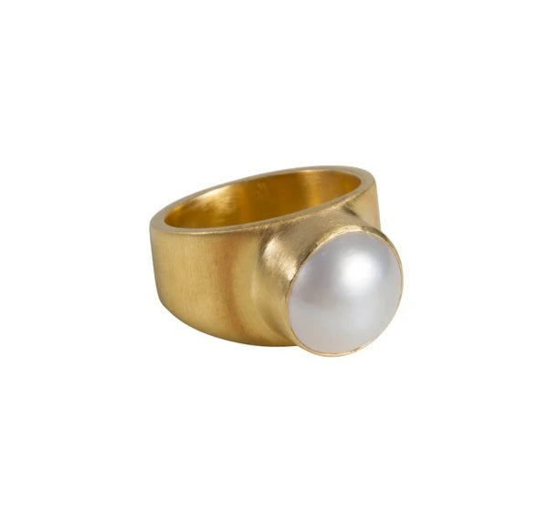 Pearl Dome Ring | Gold - Fairley