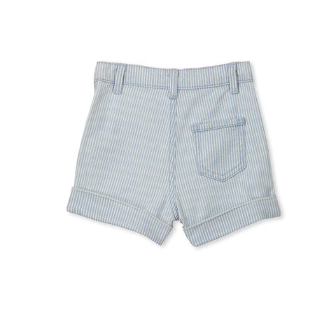 Milky Chambray Short in Blue