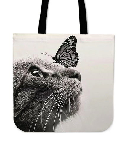 A Cat kisses a Butterfly TOTE BAG TN54