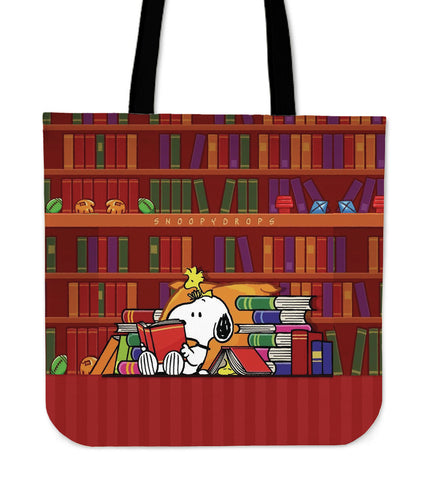 Snoopy In Library - Tote Bags