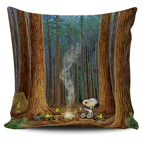 SNOOPY IN THE WOOD PILLOWCASE - ON SALE!!!