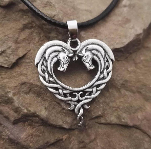 CELTIC HORSE HEART PENDANT NECKLACE