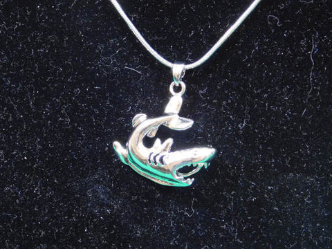 SO Pendant - Pearl Cage - Shark