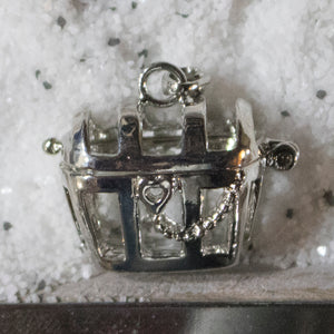 SO Pendant - Pearl Cage - Treasure Chest