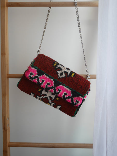 Rug Crossbody bag & Clutch | Burgundy Pretty