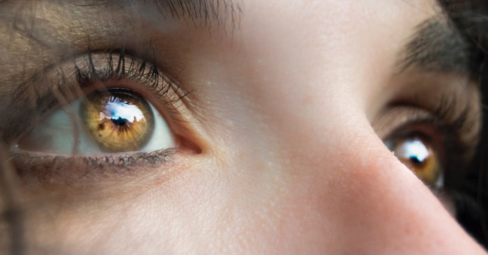 How To Take Care Of Your Vibrant Color Contacts
