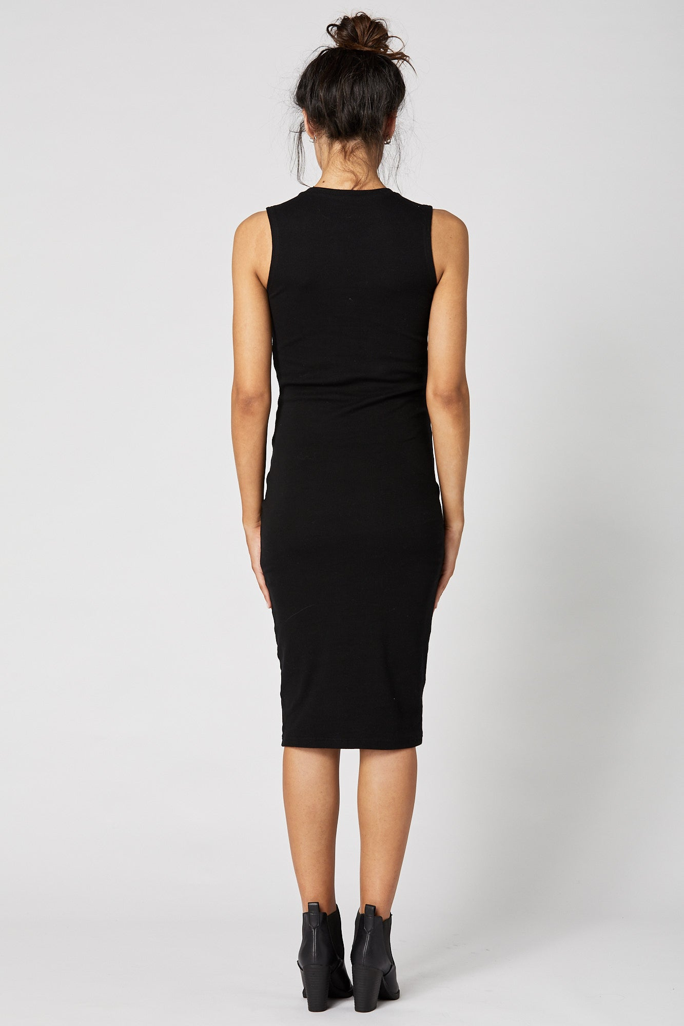 Portugal Dress (Black) - FINAL SALE - LEGOE.