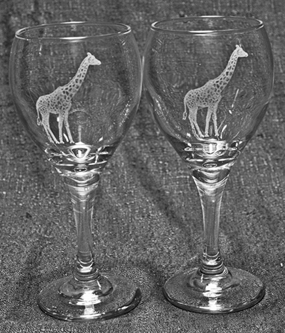 Giraffe Laser Etched Wine Glass
