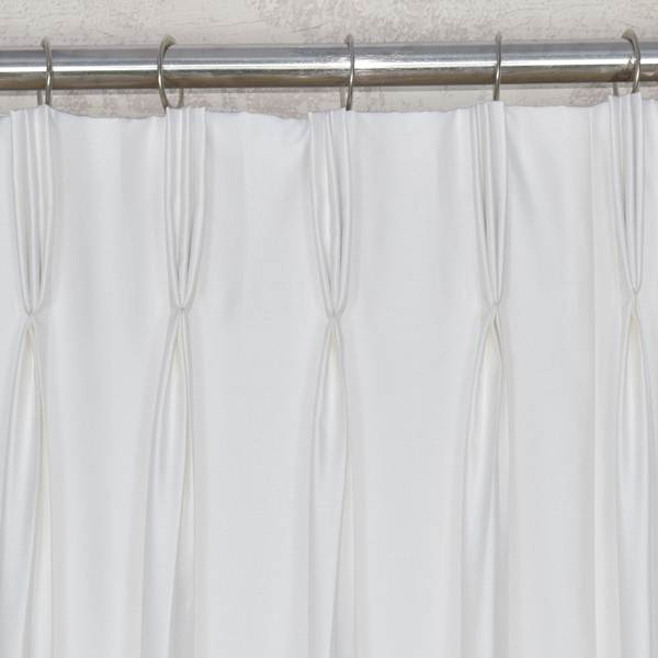 French Pleat | Triple Pinch Pleated Curtains