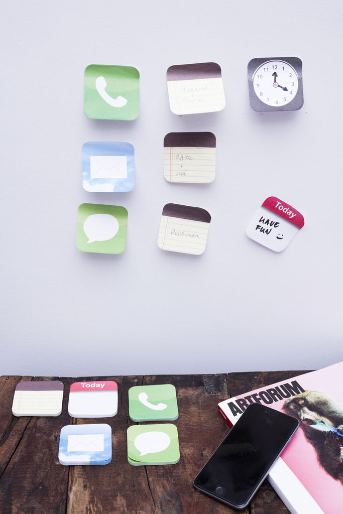 Phone App Sticky Notes Clock