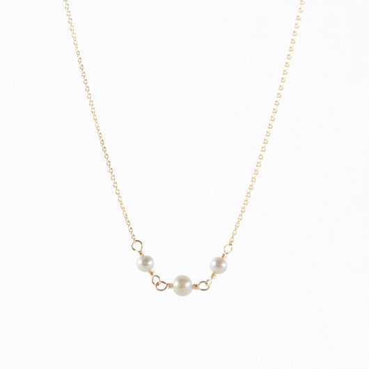Necklace: Petite Gems Trio Pearl Necklace
