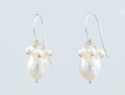 Earrings: Pearl Drop
