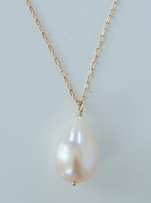 Necklace: Drop Cultured Pearl