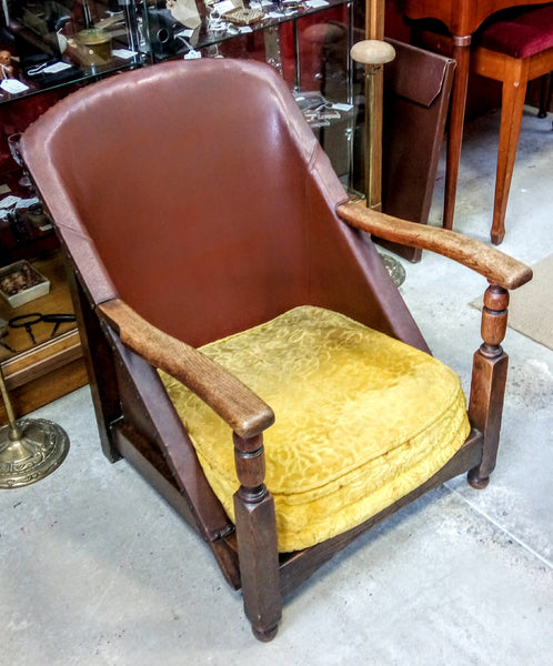 1920/30's Leather and Oak Low Chair