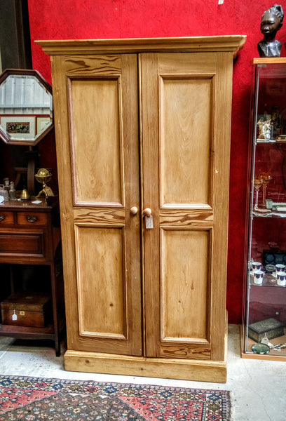 Antique Reclaimed Pine Linen Press