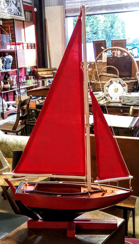Decorative Yacht - Red