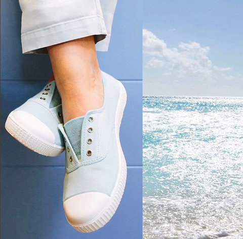 Hampton Canvas Plum shoes- the must-have item for the beach