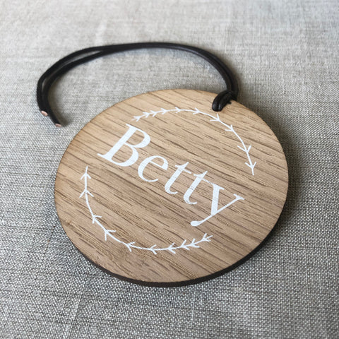 Personalised Wreath Baby Bag Tag