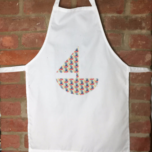 Apron with Boat motif in Ship Ahoy