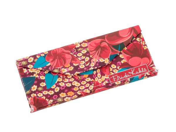 Frida Kahlo Eyeglass case fuchsia closed