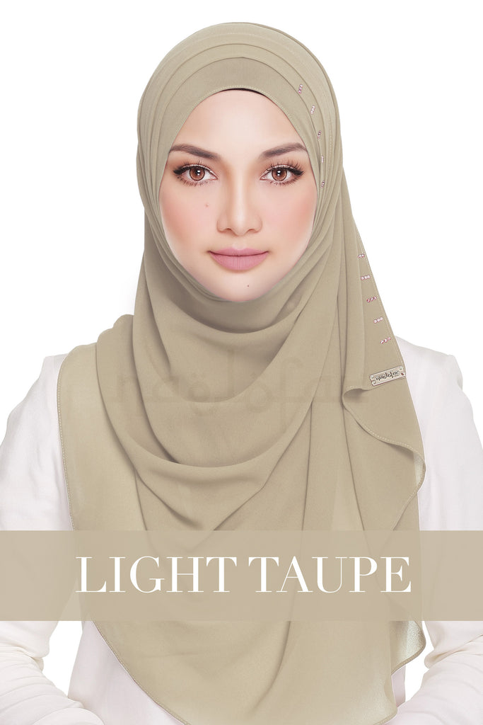 QUEEN WARDA - LIGHT TAUPE