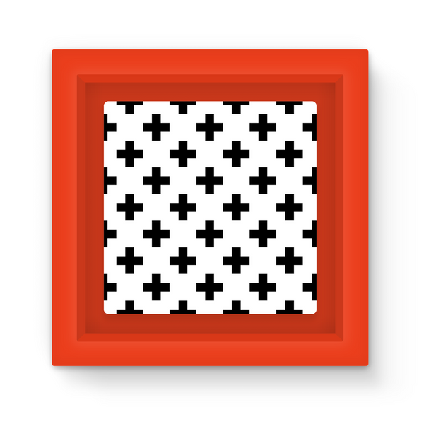 Cross Pattern by LuluBee and Kewi Magnet Frame - LuluBee+Kewi