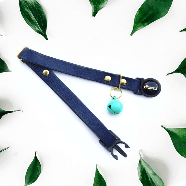 Turquoise bell on midnight blue cat collar by Supakit
