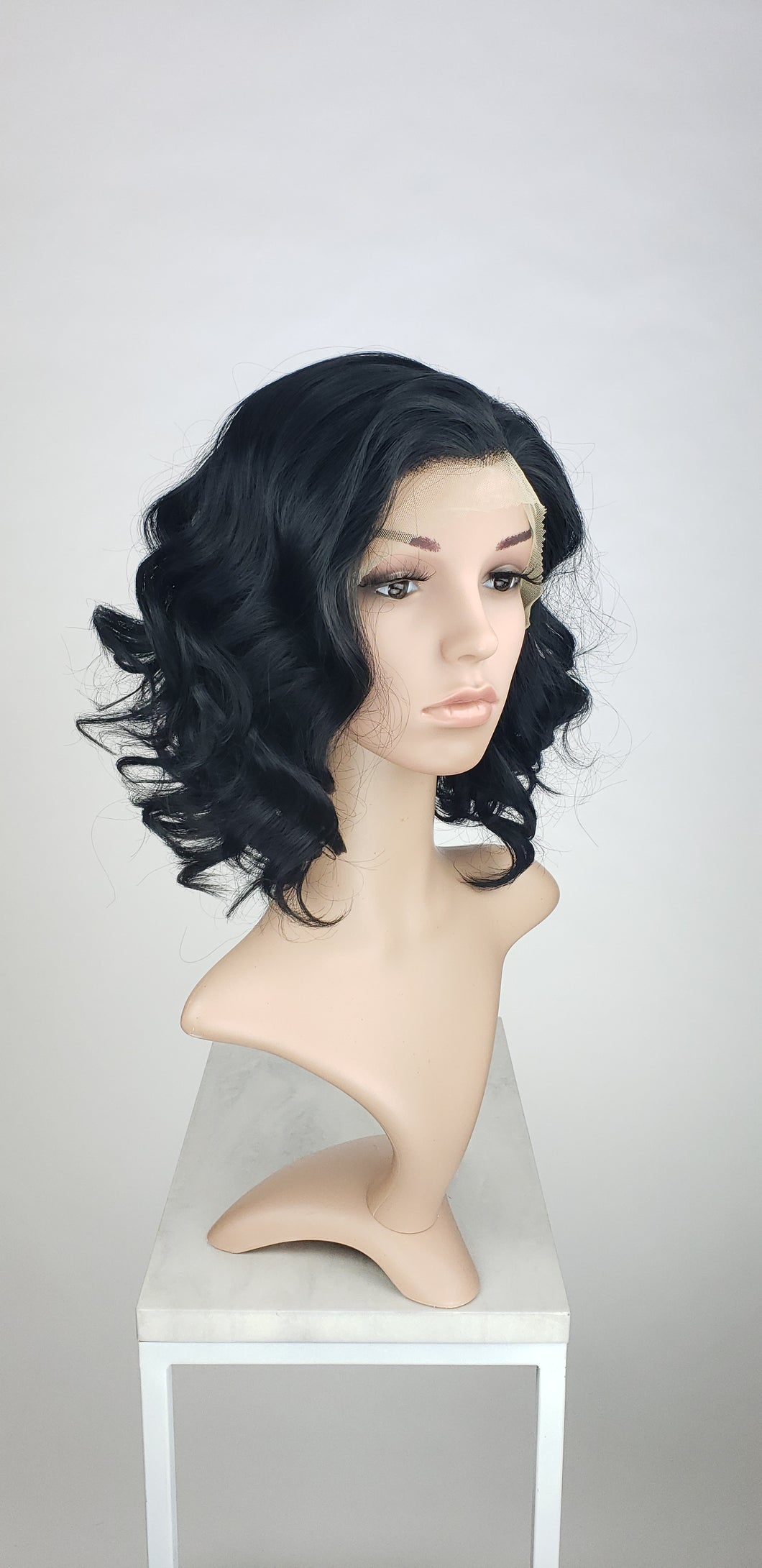 Pose Wigs Black Medium Length Curly Bob Lace Front Wig - Princess Series LPSHY1
