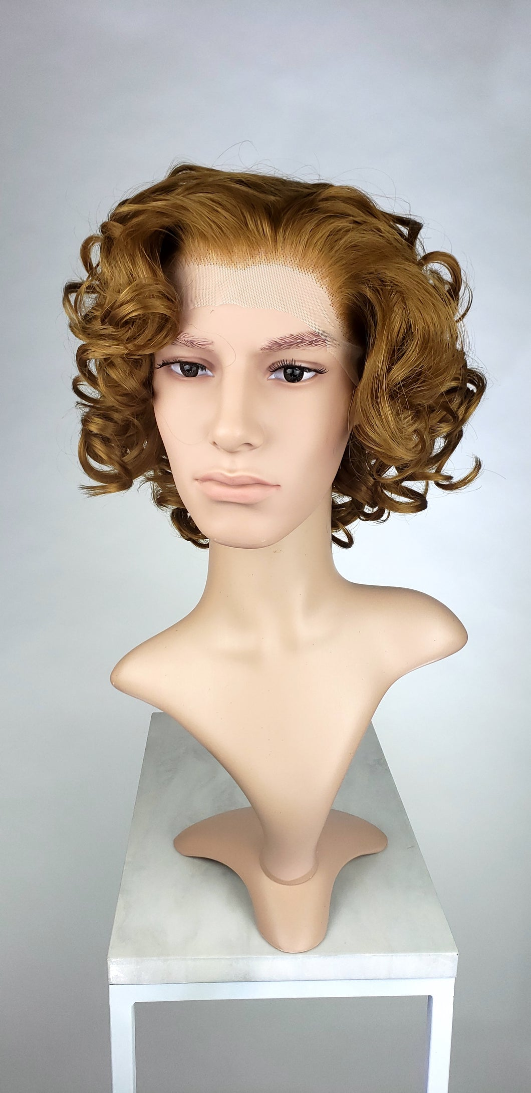 Pose Wigs Mens Light Chestnut Brown / Dark Strawberry Blonde Short Curly Lace Front Wig - LPMAE32